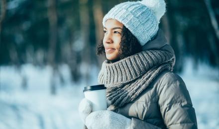 Wandelen op een koude dag? Zo blijf je warm in de winter