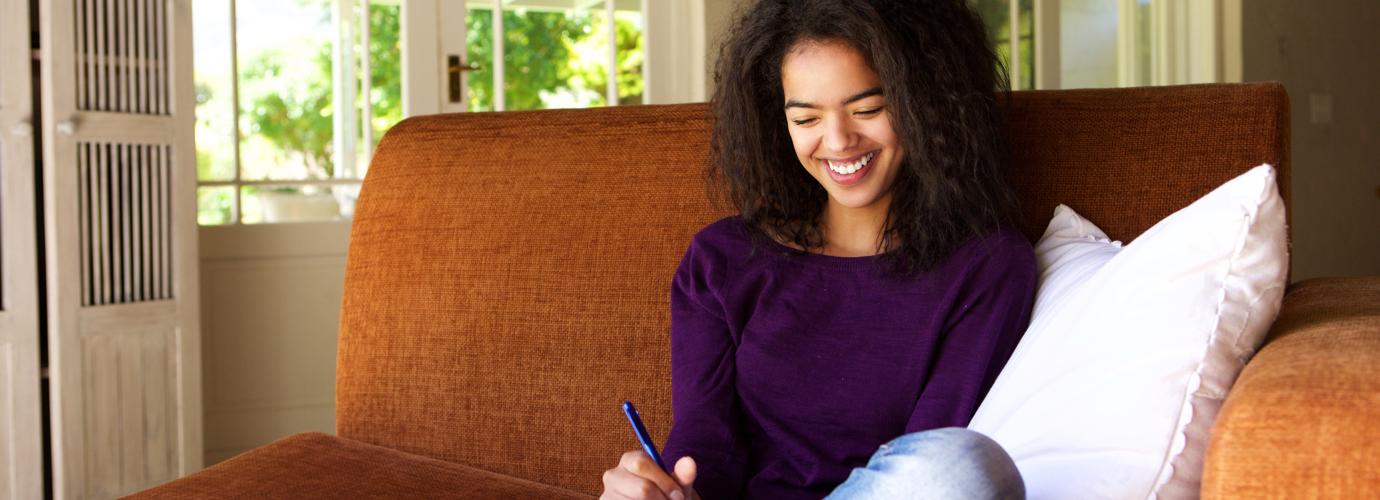 So kannst du ein Dankbarkeitsbuch führen und positiv bleiben