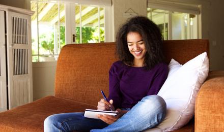 Een dankbaarheidsdagboek voor positiviteit bijhouden